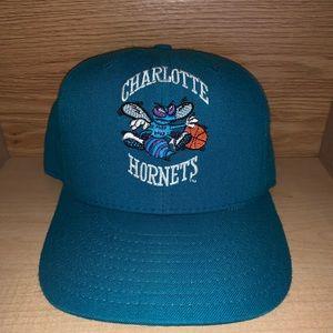 Vintage Charlotte Hornets NBA Basketball Hat